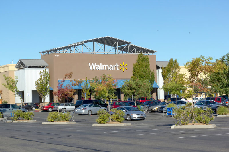 Picture of a Walmart that may hire felons.