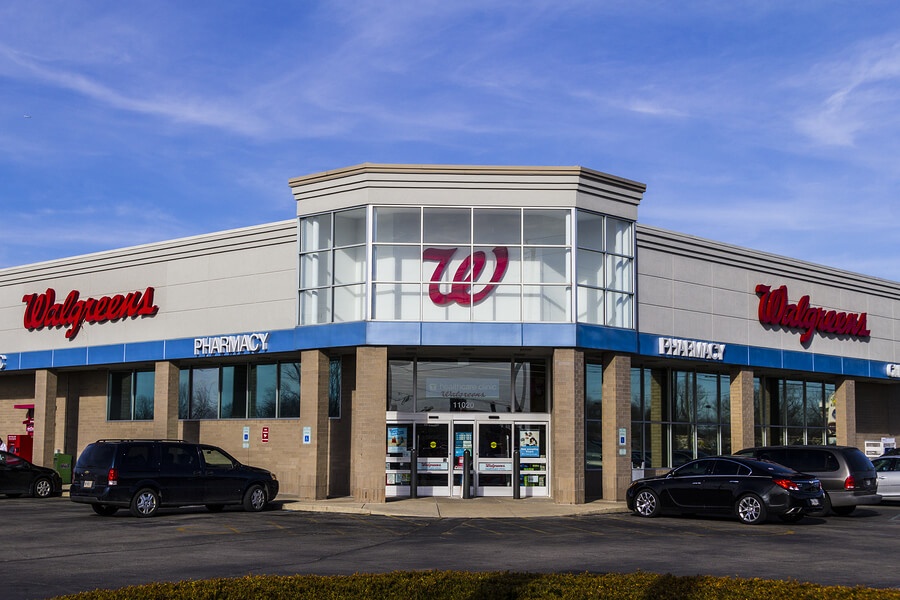 Picture of a walgreens store that may hire felons.