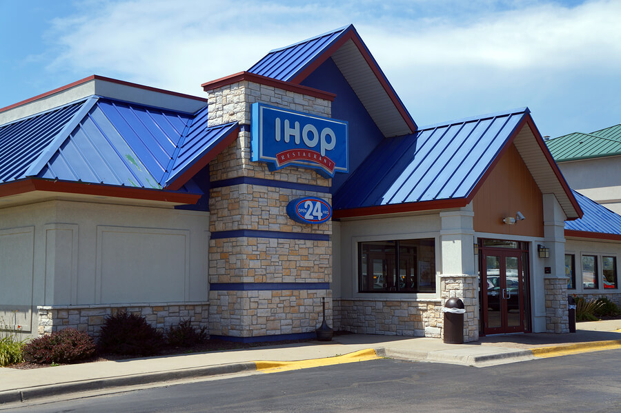 Picture of an IHOP that may hire felons.
